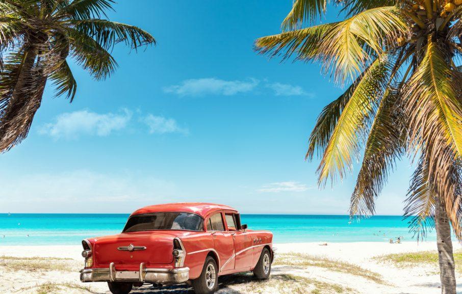 Cuba auto vintage et plage